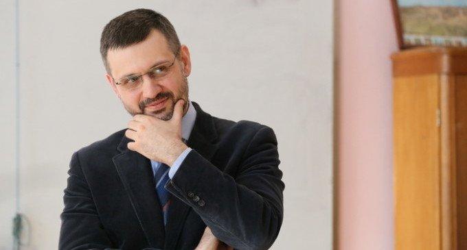 В социальных сетях невозможен рациональный дискурс, - считает Владимир Легойда