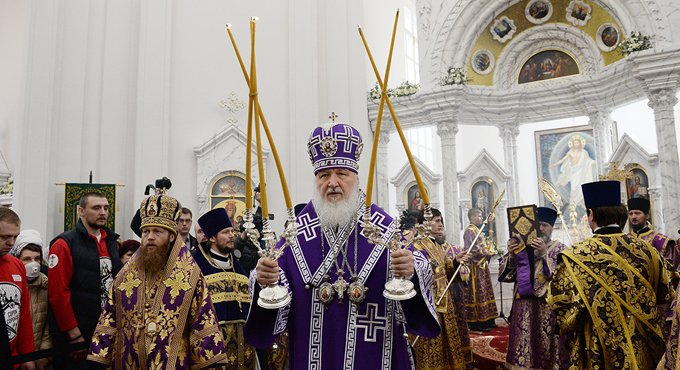 Патриарх Кирилл освятил восстановленный храм при психоневрологическом интернате