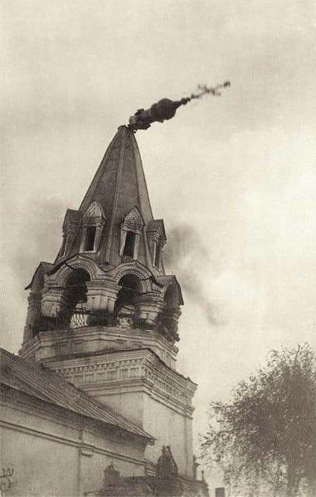 Церковь Николы Зарядного в Муроме. Взрыв колокольни. 1930