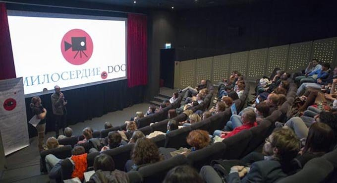 «Милосердие.ру» приглашает снять социальное кино или рекламу