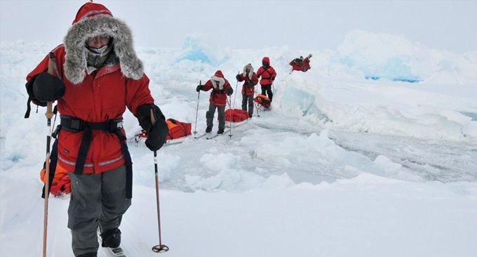 Глава Минобрнауки и школьники отправились в Арктику