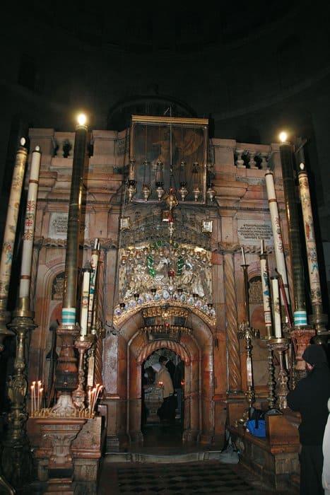 Кулуквия в Покровском храме - уменьшенная копия Кулуквии в Иерусалиме