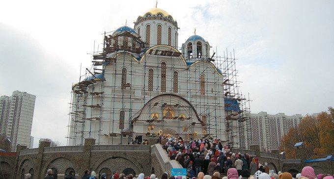 Храм Покрова Пресвятой Богородицы вЯсеневе