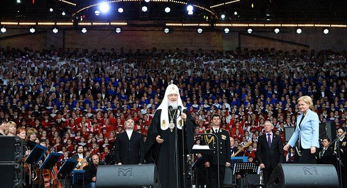 Прежде всего, нужно просвещать ум и сердце человека, - патриарх Кирилл