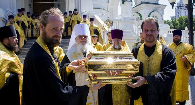 В Воронеже мощам князя Владимира поклонились более 20 тысяч человек