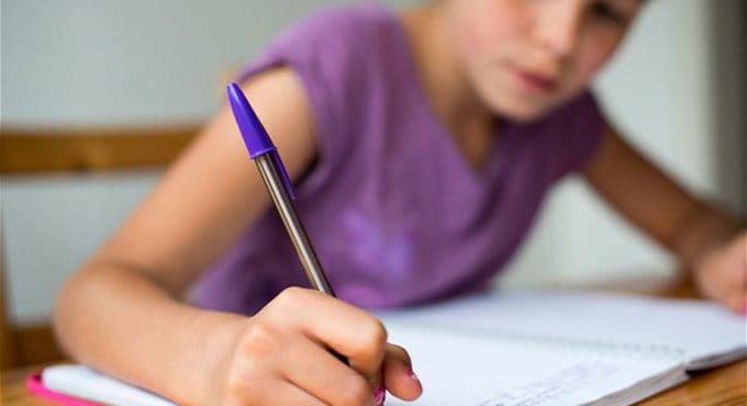 В Болгарии родители против пропаганды йоги в школах