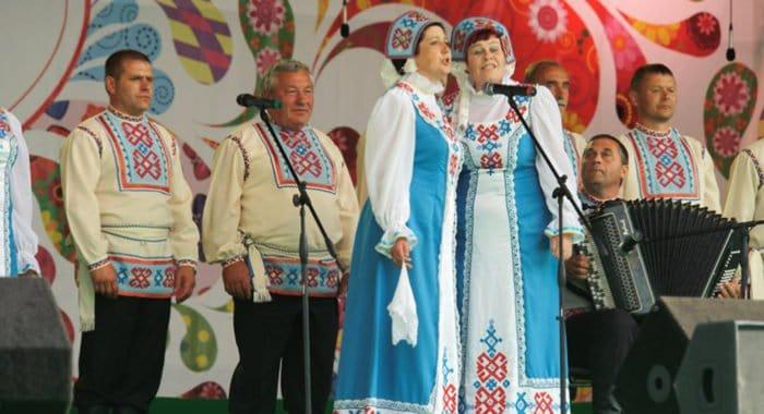 На «Русском поле» выступят лучшие фольклорные ансамбли страны