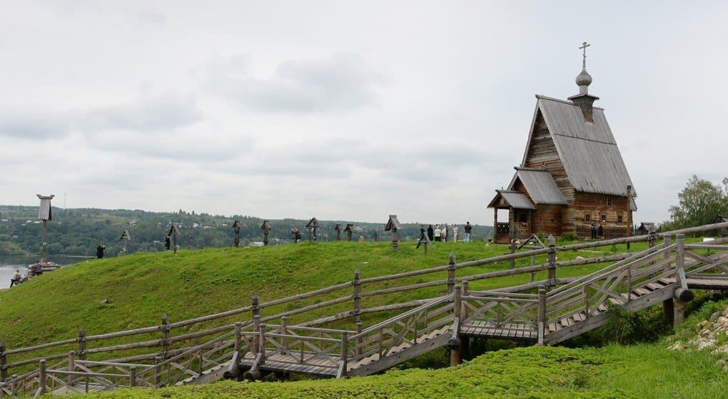 Патриарх Кирилл посетил гору и храм, прославленные Исааком Левитаном