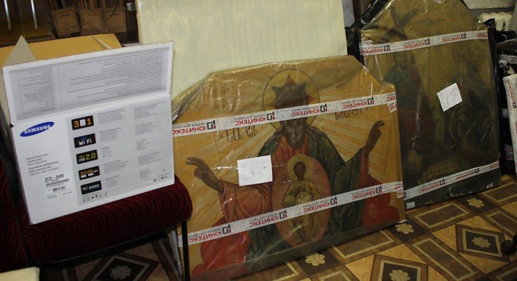 Костромские полицейские спасли от перепродажи 60 древних икон