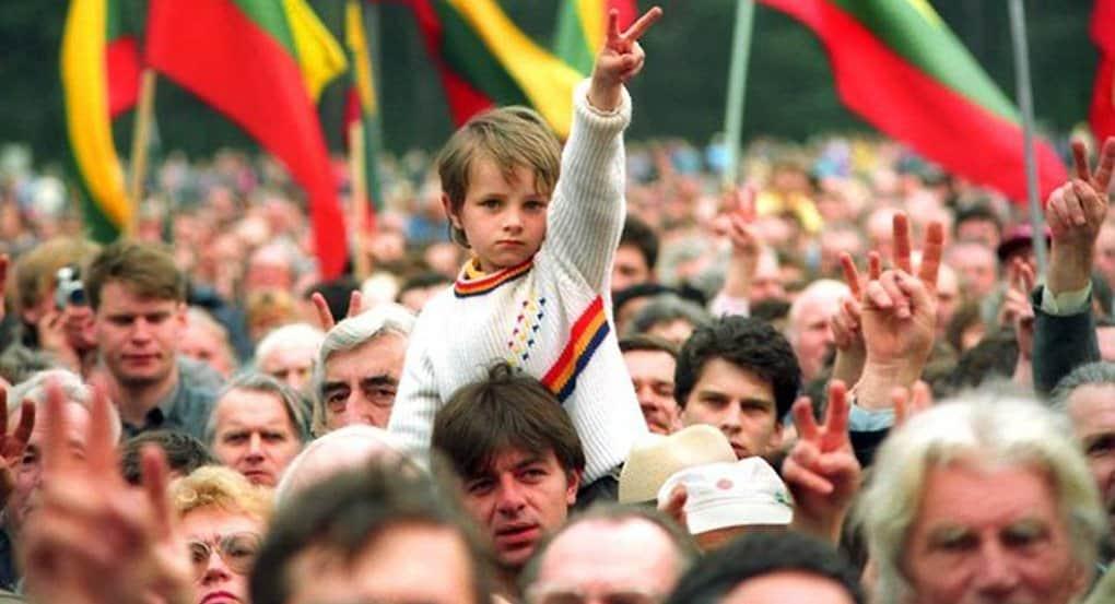 В Литве предложили «не дразнить общество» легализацией однополых браков