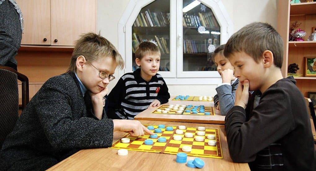 Воскресные школы должны включать программы, интересные детям, - патриарх Кирилл