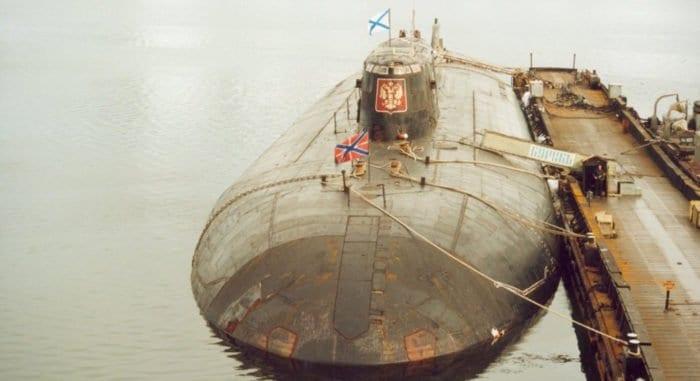 В России вспоминают трагедию «Курска»