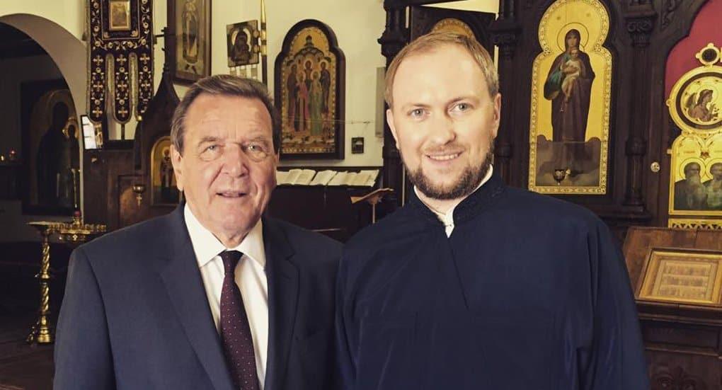 Экс-канцлер Герхард Шредер заинтересовался православием