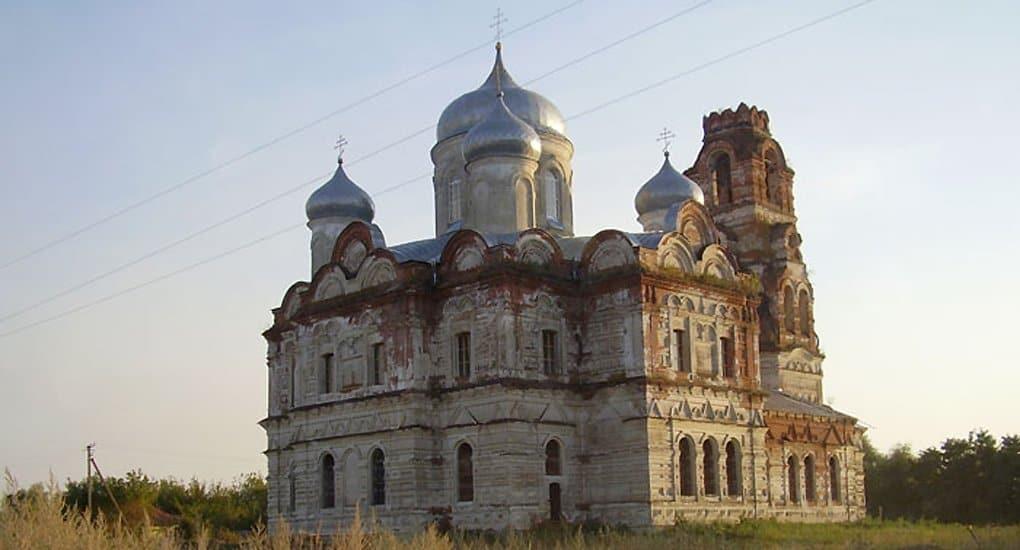 Бельгийский диакон помогает восстанавливать храм в России