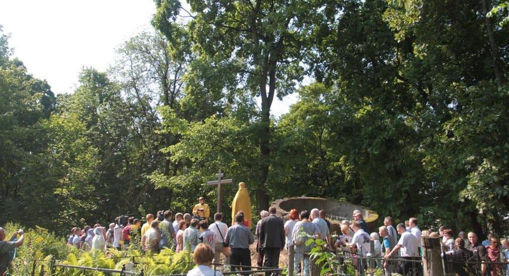 В Пскове установили крест в память о героях «атаки мертвецов»