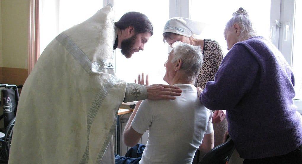 Владимир Легойда призвал СМИ больше обращать внимание на дела милосердия и социальное служение
