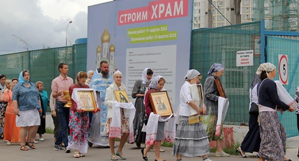 Новые храмы строит сам народ, - патриарх Кирилл