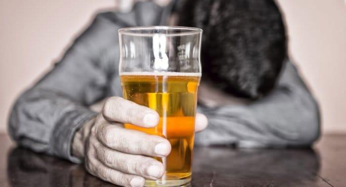 Как справиться с очень сильным переутомлением из-за алкоголизма родственников?