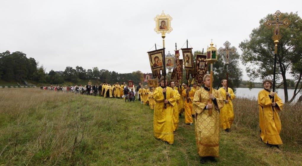 В Подмосковье прошли крестным ходом в память святой Елизаветы Федоровны