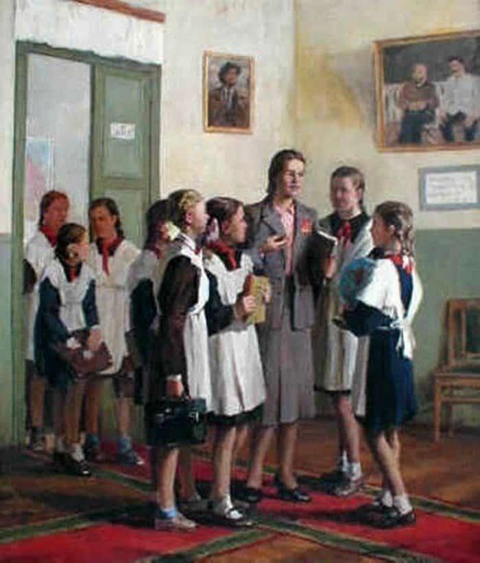 И. Владимиров, В женской школе