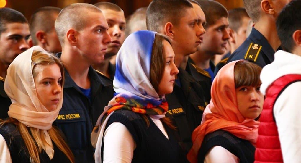 В день иконы «Неопалимая Купина» перед святыней помолились спасатели и пожарные
