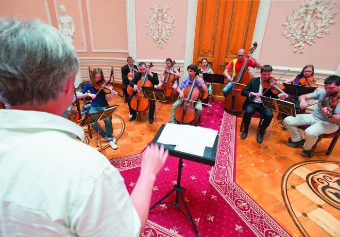 Во время репетиции Русского камерного оркестра