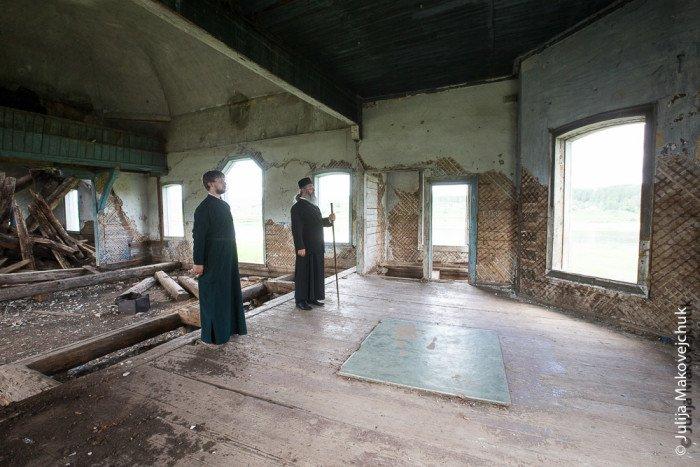 Заброшенный храм вселе Марково