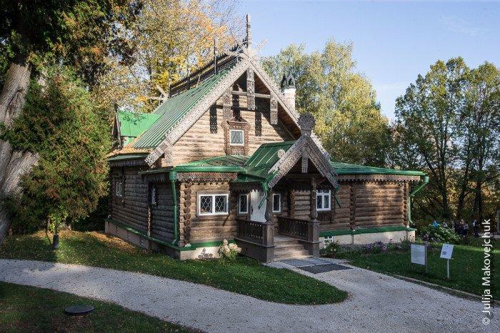 2015-09-23,A23K9348, Москва, Абрамцево, s