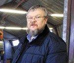 Отвечает Анатолий Влезько, руководитель мастерской «Палехский иконостас»