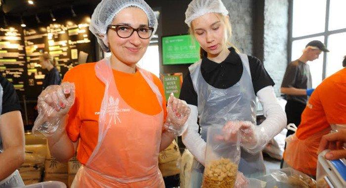 Всемирный день продовольствия в России отметят фасовкой еды для бедных