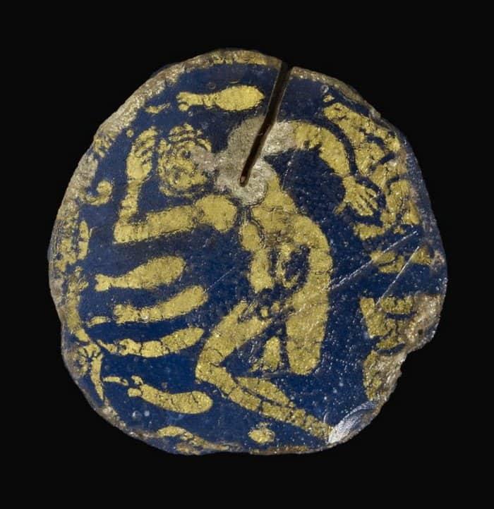 Иона под тыквой. Книга пророка Ионы 4, 3-6. Медальон. Италия. Рим. IV в.