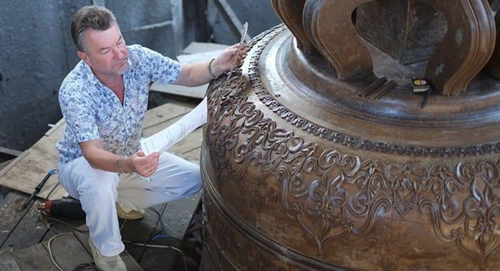 Воронежские мастера отлили самый большой колокол для Исаакиевского собора