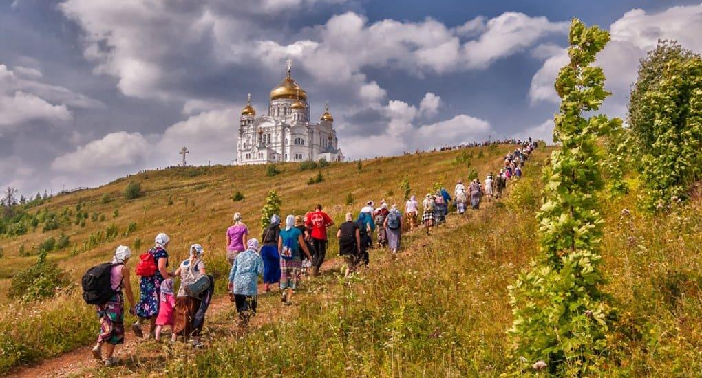 Императорское православное общество намерено помогать нуждающимся паломникам