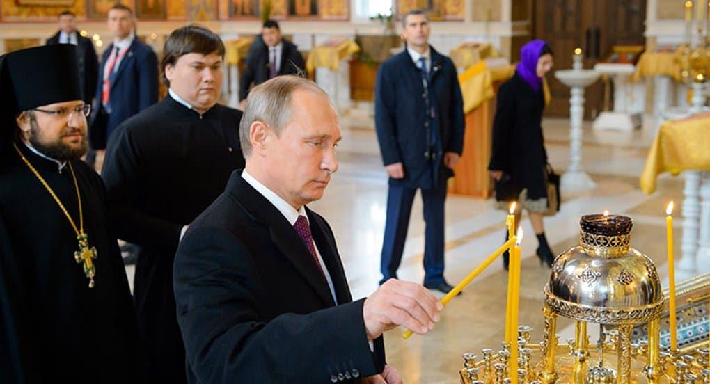 Владимир Путин подарил крупнейшему храму Центральной Азии икону Покрова Богородицы