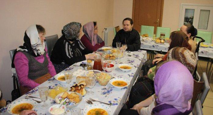 При храме в Новокосино создали общину больных рассеянным склерозом