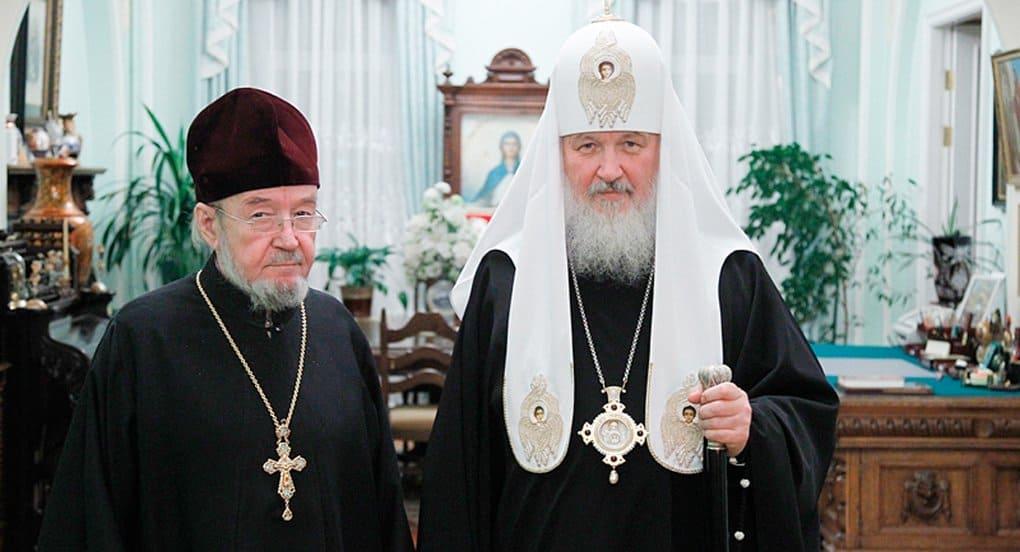 Патриарх Кирилл поздравил своего брата – протоиерея Николая Гундяева с 75-летием
