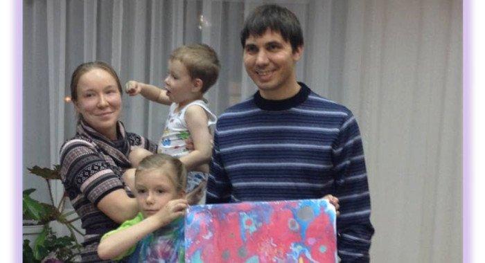 Школу приемных родителей службы «Милосердия» назвали лучшей в Москве