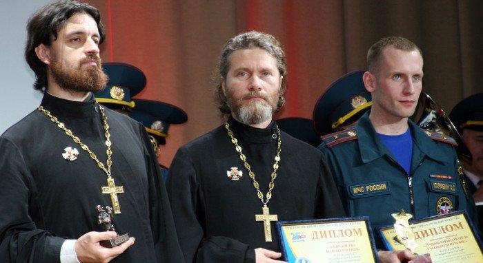 Священники, помогавшие пострадавшим от стихии, победили на фестивале спасателей