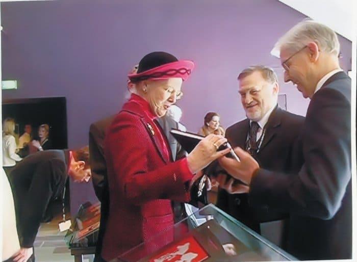 Встреча сЕе Величеством королевой Дании Маргарет II вдоме-музее Г. Х. Андерсена. Дания, Оденсе. 2 апреля 2015 г.