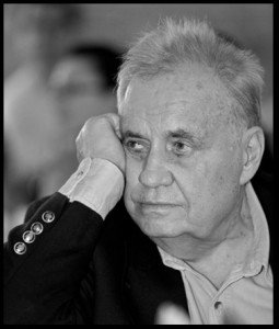 Режиссер Эльдар Рязанов скончался в Москве на 89-ом году жизни