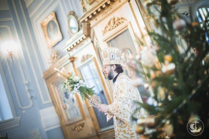 Фото Рождества: служба