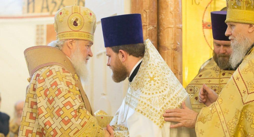 Глава патриаршей пресс-службы диакон Александр Волков рукоположен в священнический сан