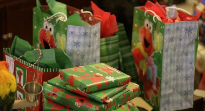 Сделай подарок нуждающейся семье