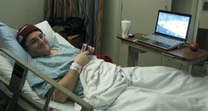 Мама тяжело болеет, отказывается идти к врачу. Уговаривать?