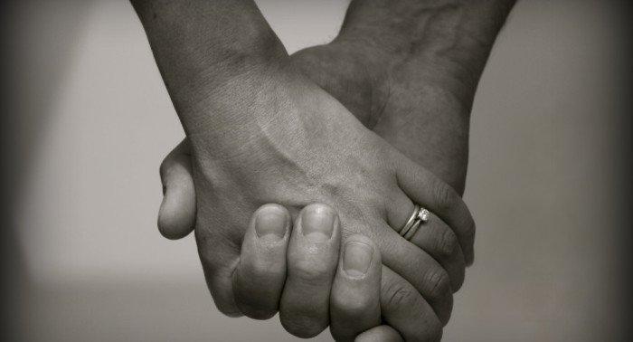 Как быть, если муж просит исполнения супружеского долга, а я держу  пост?
