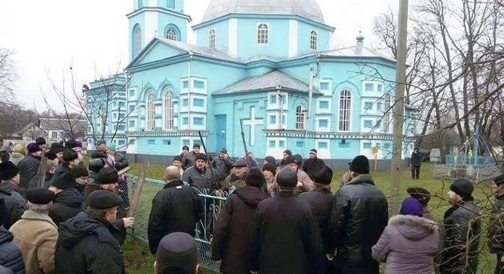 Ситуация с попыткой захвата экстремистами храма в Ровенской области остается крайне напряженной, - Владимир Легойда