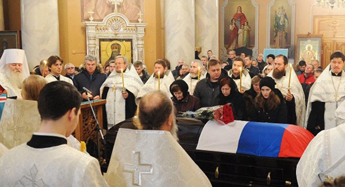 В главном соборе Липецка простились с погибшим летчиком Олегом Пашковым