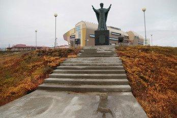 Памятник Святителю Николаю__Фото Вадима Матвеичева