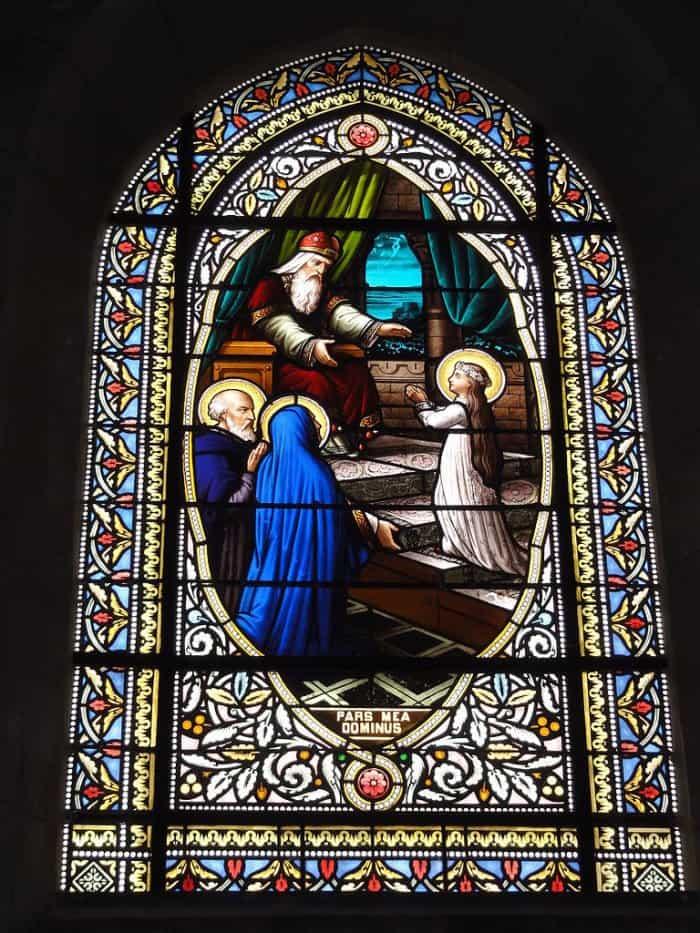 Введение Богородицы во храм. Церковь Сен-Жан-Батист. Сен-Жан-д'Анжели, Франция.