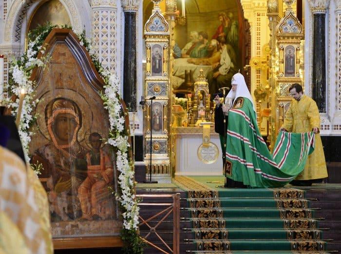 1 февраля. Литургия в Храме Христа Спасителя в шестую годовщину интронизации Святейшего Патриарха Кирилла